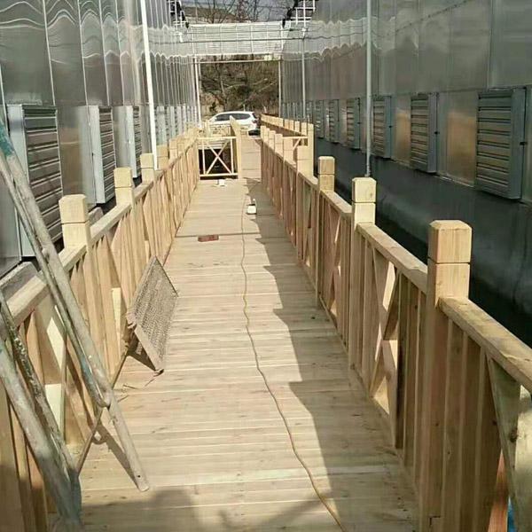 小区防腐木围栏