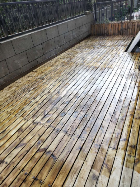 济南防腐木地板维护
